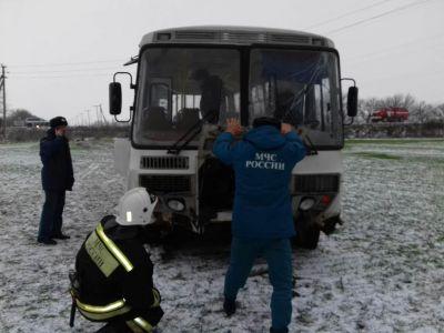 НаСтаврополье 15 вахтовиков пострадали вДТП савтобусом
